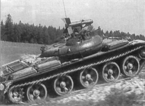 Истребитель танков ит 1 преодолевает